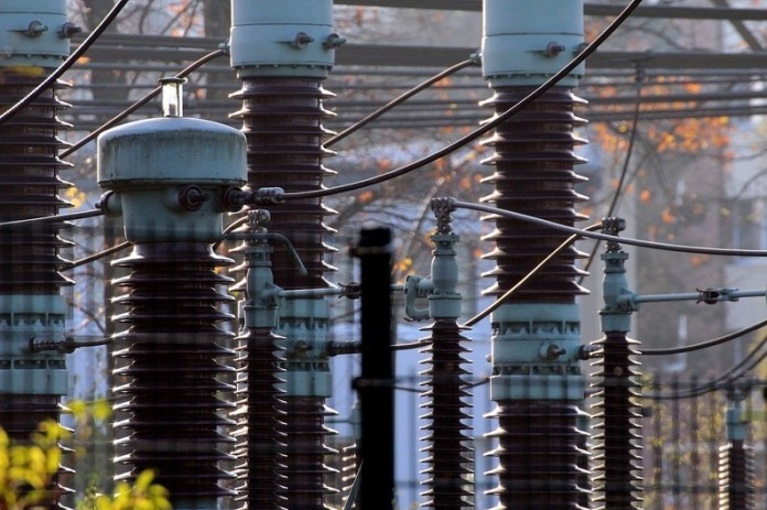 Moody's a îmbunătățit ratingul Transelectrica la
